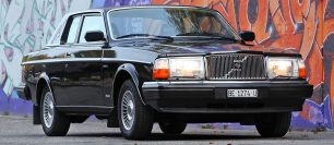 David Bowie's Rare Volvo Sells for £160,000