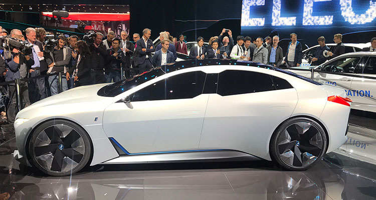 bmw i5 vision dynamics concept side