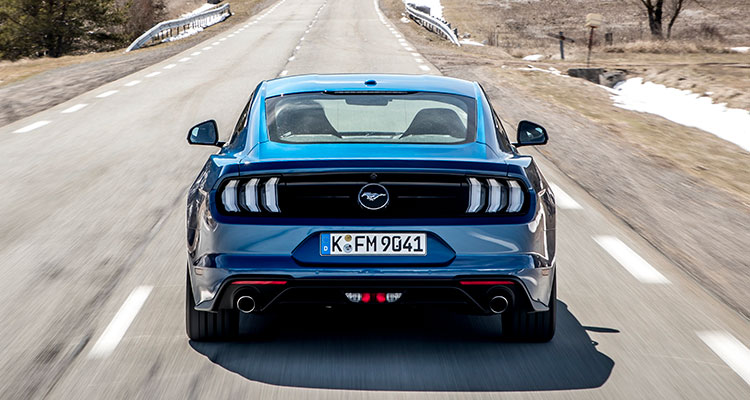 Ford Mustang blue rear