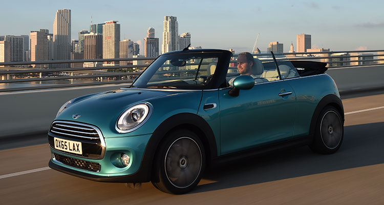 Mini Convetible roof down