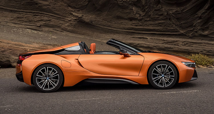 BMW i8 Convertible side 1