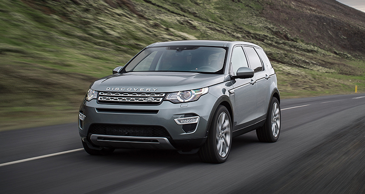Land Rover Discovery Sport old model front side 1