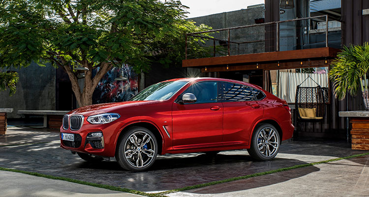 BMW X4 front side 2