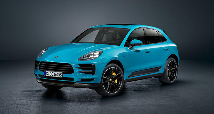 Porsche Macan revealed front side 1