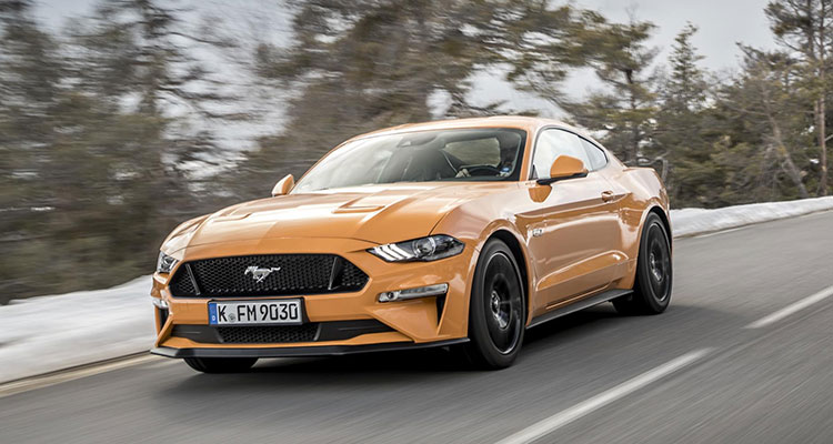 2018 Ford Mustang fastback 1