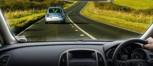 5 Distractions That Should Be Illegal Whilst Driving