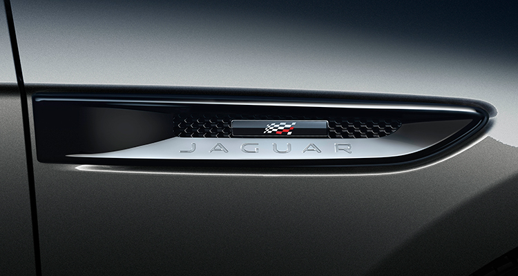 Jaguar F-PACE 20MY Chequered Flag badge 1