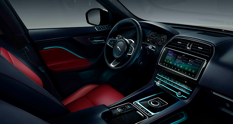 Jaguar F-PACE 20MY Chequered Flag interior 1
