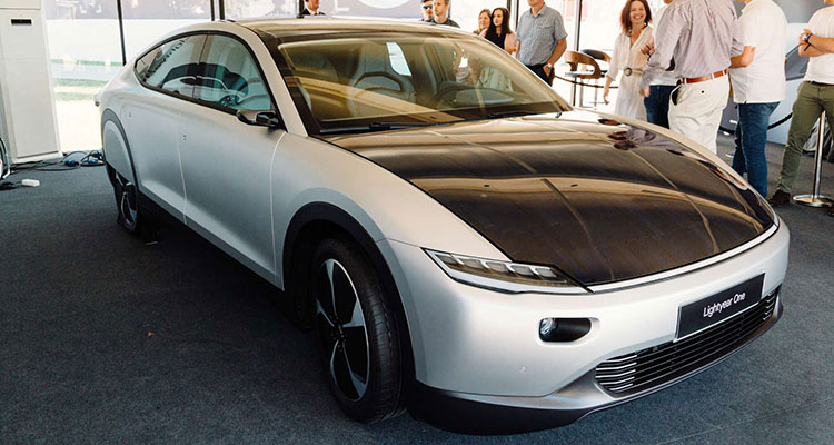 The Solar Powered Lightyear One Electric Car front side (1)