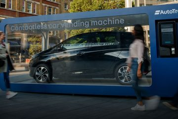 World's First Car Vending Machine - Renault Zoe (Feature)